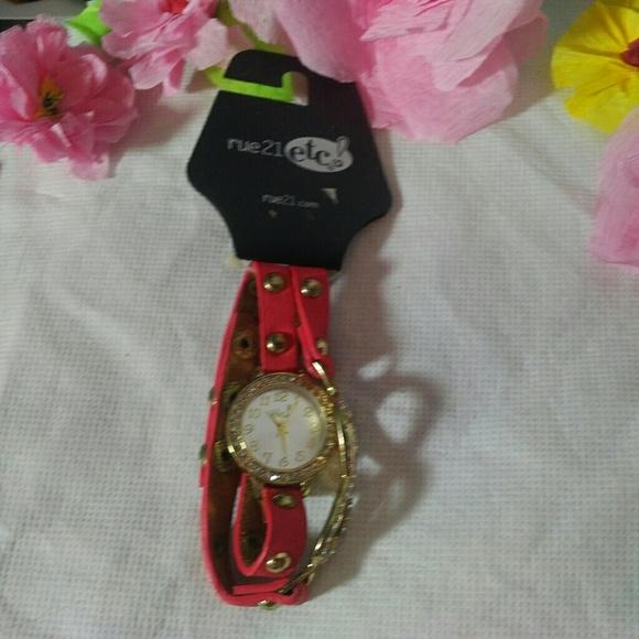 Rue21 Accessories - Rue 21 bracelet watch set NEW